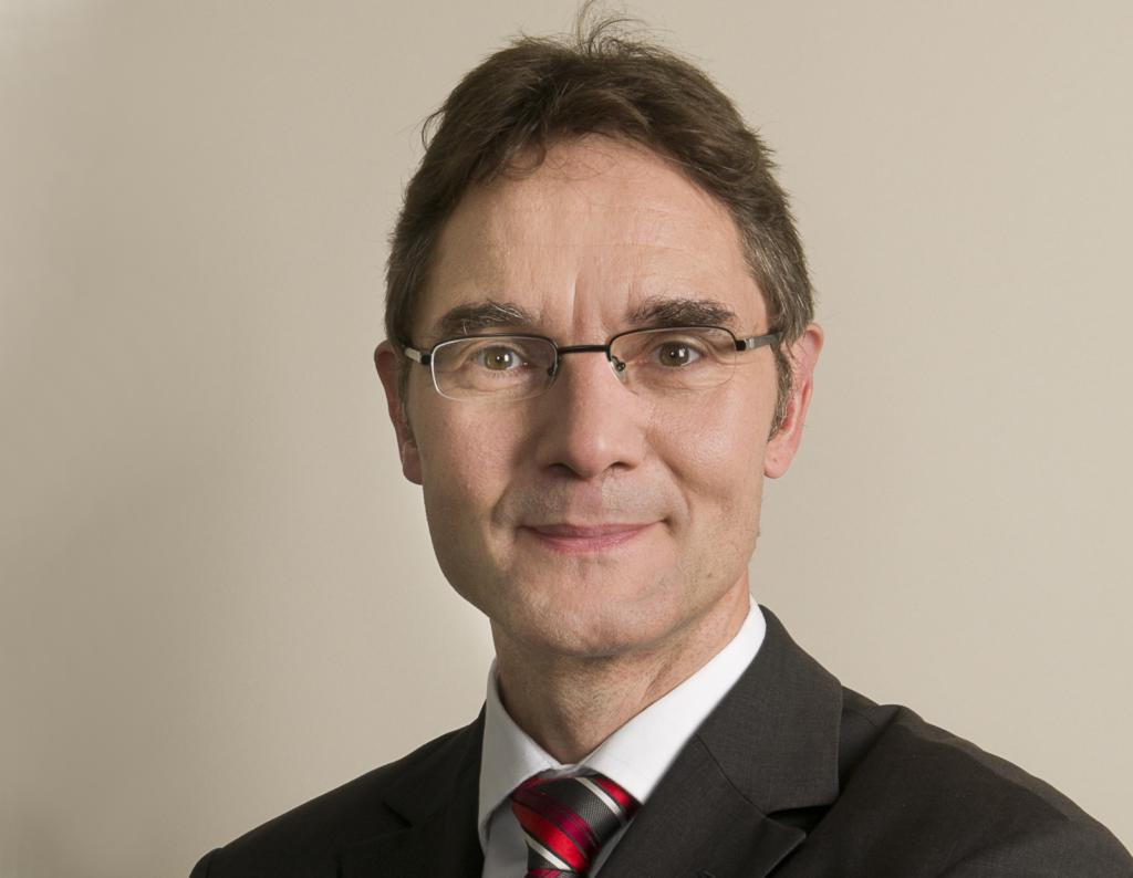 Physiker Dr. Holger Thurn