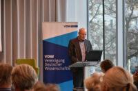 Nikolai Fuchs stellt den ATR vor, VDW